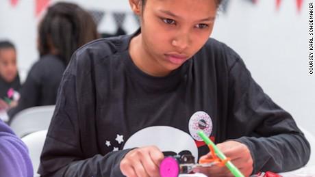 ภายในปี 2020 80% ของงานจะเกี่ยวข้องกับ STEM (Science Technology Engineering and Mathematics) MEDO คาดการณ์ แต่ปัจจุบันมีเพียง 14% ของพนักงาน STEM ทั่วโลกที่เป็นผู้หญิง