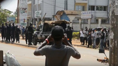 Amnesty International says 400 killed in 'escalating violence' in Cameroon's Anglophone regions this year