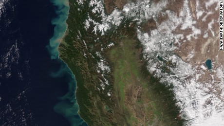 NASA satellite photos show effects of California rain