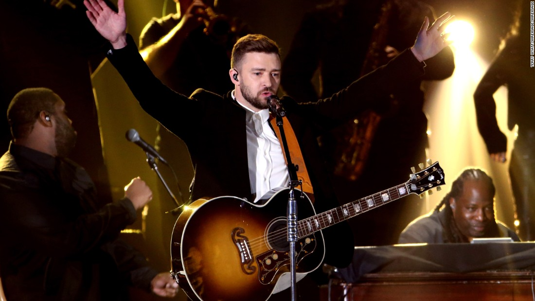 Justin Timberlake weighs in Girl Scout cookies debate