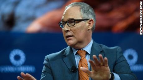 Scientists sue EPA over advisory board cuts