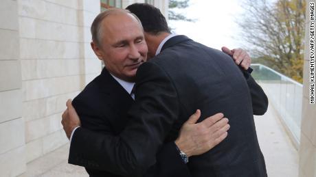 Putin schürt den höllischen Krieg in Syrien und niemand hält ihn auf