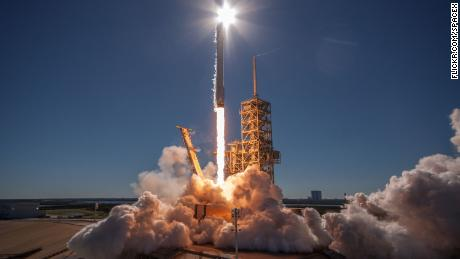 cnn money spacex launch