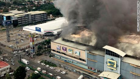 37 dead in Philippines mall fire