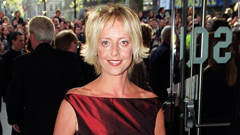 """British actress <a href=""""https://www.cnn.com/2018/02/25/entertainment/actress-emma-chambers-dies/index.html"""" target=""""_blank"""">Emma Chambers</a>, who starred alongside Hugh Grant and Julia Roberts in the 1999 movie """"Notting Hill,"""" died on February 21, according to her agent. She was 53 years old."""