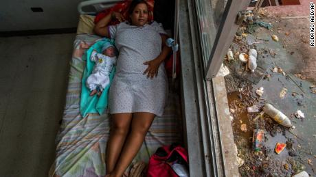 Venezuela's health system is in worse condition than expected, survey finds