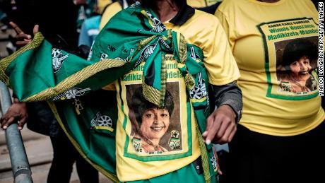 Crowds celebrate Winnie Mandela's life at Soweto memorial service
