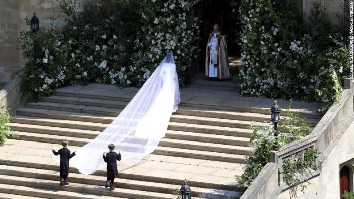 Meghan arrives on the West Steps ahead of the ceremony.
