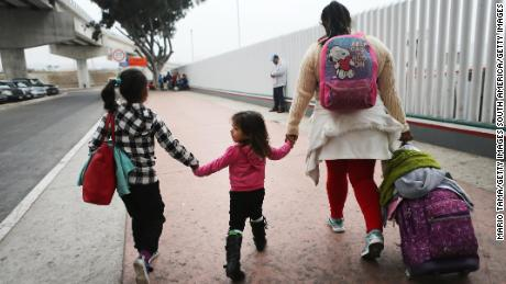 Trump admin says 500 families reunified, but thousands unaccounted for