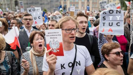 Hundreds of supporters gather at Poland's Supreme Court building in July after Gersdorf refuses to step down.