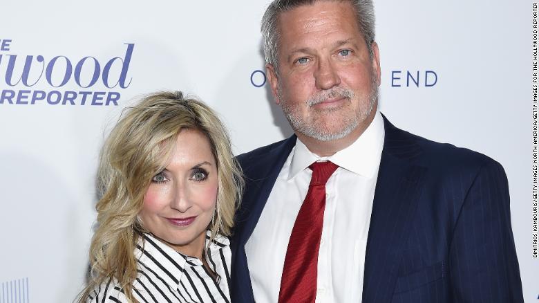 Doctor debunks wife of Bill Shine's false measles tweet