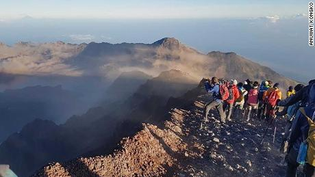 Anuwat Kongko, a 28-year-old hiker from Thailand, was on top of Mount Rinjani when the earthquake hit.