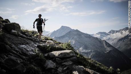 Jung runs along a ridge on the Tyrolean High Altitude Trail.