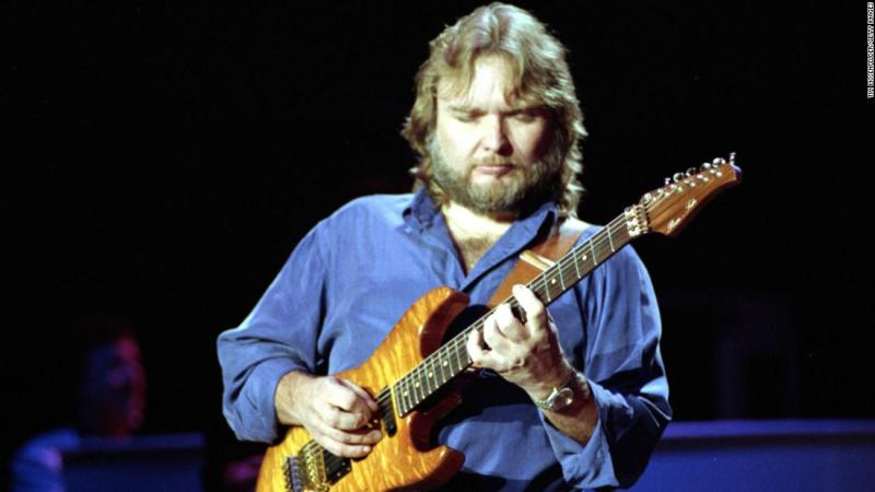 "Retired guitarist <a href=""https://www.cnn.com/2018/08/23/entertainment/ed-king-lynyrd-skynyrd-death/index.html"" target=""_blank"">Ed King</a>, who co-wrote the Lynyrd Skynyrd hit ""Sweet Home Alabama,"" the tune with the classic riff that became a Southern rock anthem, died on August 23, his Facebook page said. The post did not include a cause of death or King's age."