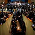 31 aretha funeral 0831