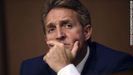 Three Republican senators urge committee to hear out Kavanaugh accuser before vote
