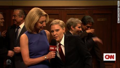 Heidi Gardner as CNN's Dana Bash interviewed Kate McKinnon in her role of Sen. Lindsey Graham.