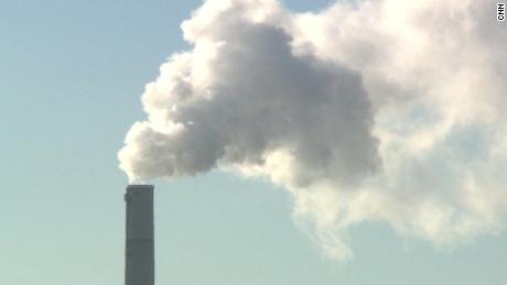 В докладе говорится, что борьба с изменением климата может спасти миллионы жизней