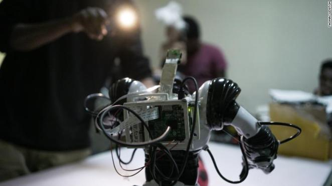 A guiding light at iCog Labs for a football playing robot. Image: Thomas Lewton.