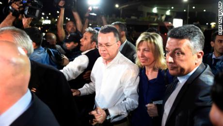Trump touts Turkey's release of Pastor Andrew Brunson at Ohio rally