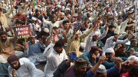 Pakistan's new government has given in to extremists, and not for the last time