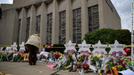 Pittsburgh rabbi told Trump that hate speech led to synagogue massacre