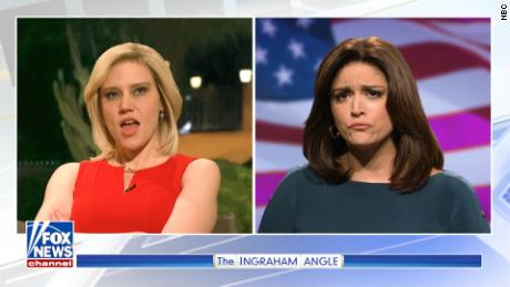 'SNL' skewers Fox News' coverage of the migrant march
