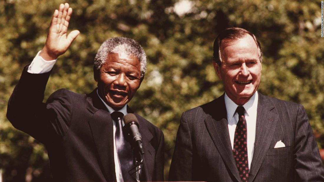 Bush hosted Nelson Mandela, South Africa's anti-apartheid leader and future President, at the White House in June 1990.