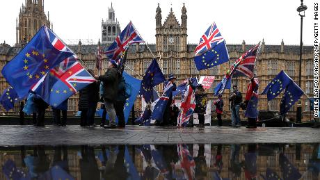 Britain can unilaterally stop Brexit process, EU lawyers say