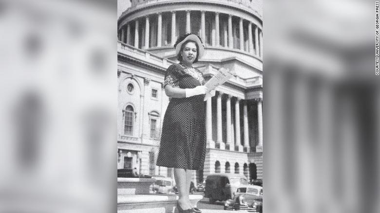 Alice Dunnigan made history in 1947 as the first black woman to cover the White House.