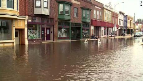 Darlington, dans le Wisconsin, fait face à sa pire inondation depuis le début des années 90.