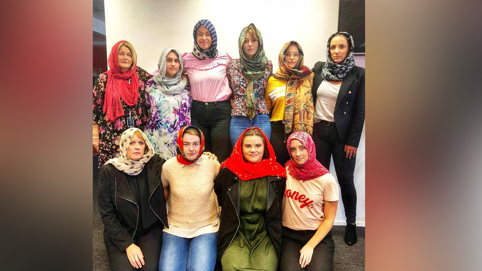 The abc spoke to five muslim women from different backgrounds about how they've navigated topics such as the hijab, dating, and their. Women In New Zealand Are Donning Headscarves To Remember Mosque Shooting Victims Cnn