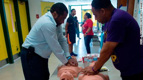 Telephone CPR could save lives, but only a handful of states require 911 operators to be trained for it