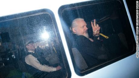 Die Rechtsstreitigkeiten von Julian Assange haben gerade erst begonnen