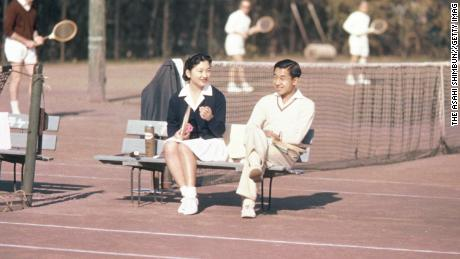 How Emperor Akihito's 'love match' won over Japan