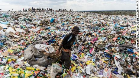 Over 180 countries -- not including the US -- agree to restrict global plastic waste trade