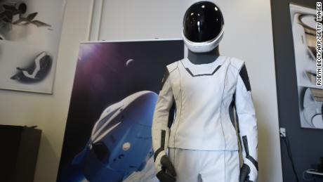 The SpaceX spacesuit is designed so that power, water and air connections all pass through one panel in the middle of the suit's right thigh.