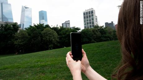 In Samantha Kelly's test of 5G networks, it took longer to download a movie on T-Mobile's network in New York than it did on other carriers. But even so, 38 seconds to download a nearly 2-hour film is mind-blowingly fast.