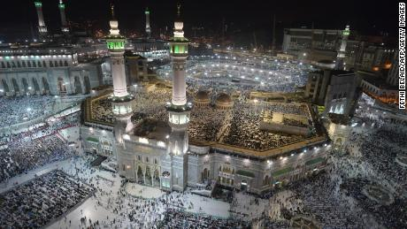Muslim pilgrims gather at the Grand Mosque in Saudi Arabia's holy city of Mecca on August 7, 2019, prior to the start of the annual Hajj pilgrimage in the holy city.