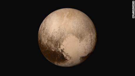 5 years after Pluto flyby, New Horizons spacecraft overtakes