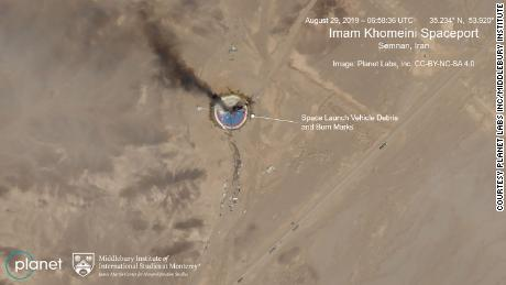 Une fusée iranienne explose sur la rampe de lancement