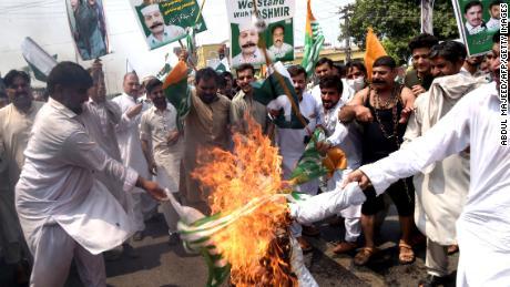 Pakistan brought to a standstill for 'Kashmir hour' demonstrations