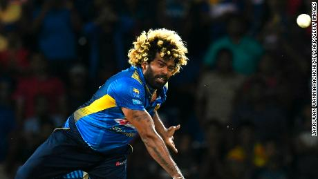 Lasith Malinga is one of 10  Sri Lankan players to pull out of the forthcoming tour of Pakistan.
