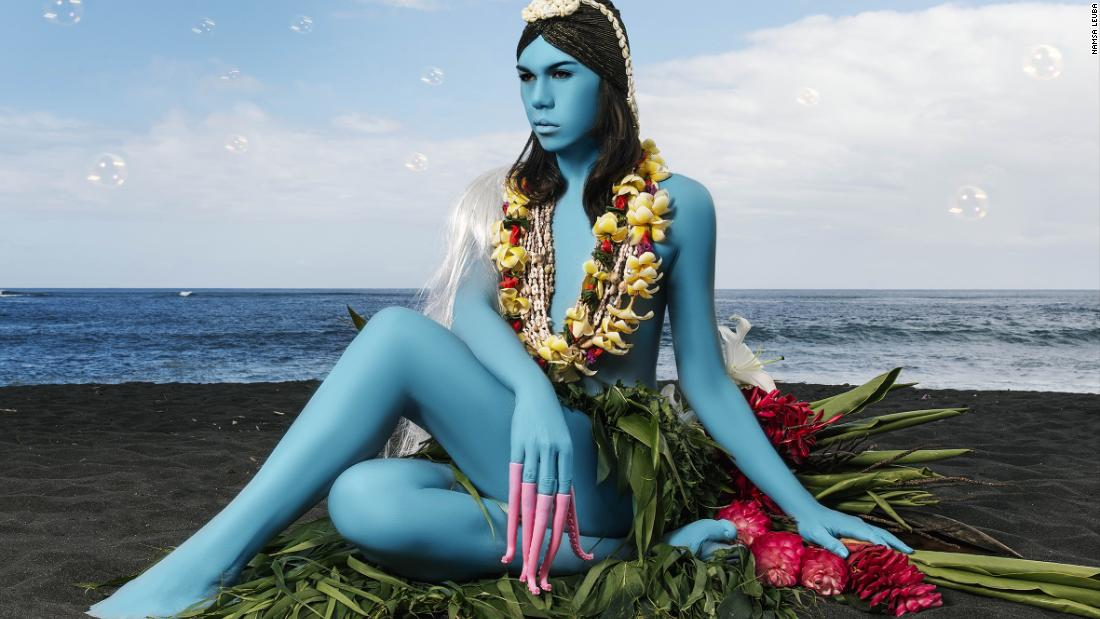 Photo of Namsa Leuba's vivid portraits seize Tahiti's 'third gender'