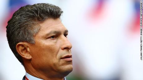 Bulgaria allenatore di calcio Krasimir Balakov si dimette dopo razzisti abuso di Inghilterra squadra
