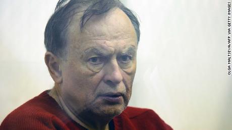 Sokolov assiste il giudice, a San Pietroburgo, l ' 11 novembre.