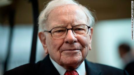 Warren Buffett vows that US will recover from coronavirus