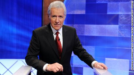 Alex Trebek (jokingly) suggests his late successor: Betty White