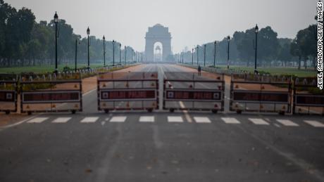 India, population 1.3 billion, orders 'complete' coronavirus lockdown
