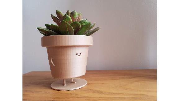 Standing plant pot